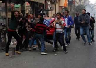 Confruntari violente in Egipt: 49 de morti si peste 240 de raniti