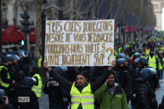"Confruntari violente la Bruxelles intre politie si protestatarii inspirati de ""vestele galbene"""