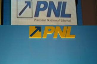 Congresul PNL in imagini: Singurul moment in care Crin nu a zambit