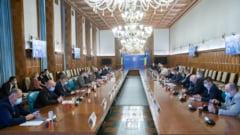 """Consecințele lipsei unui guvern """"plin"""" în România. Câtă putere are executivul demis în lupta cu pandemia COVID-19"""
