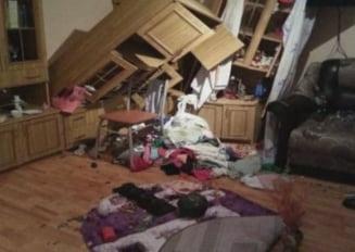 Consecintele cutremurului din Romania: strazi crapate, cladiri afectate si multa panica (Galerie Foto)