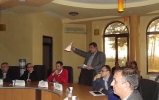 Consilierii slatineni nu mai vor echipa de fotbal de frica DNA. Proiectul de hotarare privind sustinerea financiara a echipei Inter Oltul, un cartof fierbinte de care toti vor sa scape