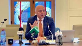 """Consiliul Judetean Bacau si-a reorganizat aparatul de specialitate. Trei posturi de directori au fost desfiintate. Ivancea: """"A rezultat o schema supla si eficienta"""""""