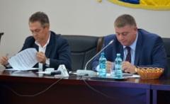 Consiliul Judetean Buzau acorda ajutor financiar scolii din Scutelnici si spitalului Smeeni