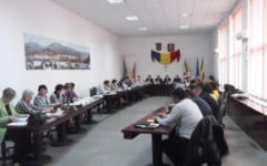 Consiliul Local Petrosani / Spre aprobare - 877 burse scolare