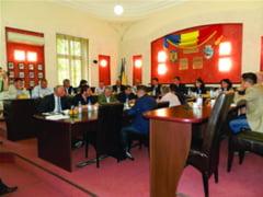Consiliul Municipal a aprobat 21.000 de lei pentru cei sapte elevi de nota zece la Bac