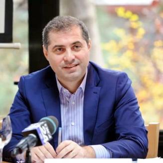 Consiliul pentru IMM-uri a calculat cat ne costa balciul politic marca PSD: Cel putin 2 miliarde de euro