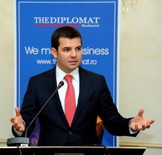Constantin: Daca mai insist cu reducerea TVA la carne si acciza la bere, ma trimite Ponta la Finante