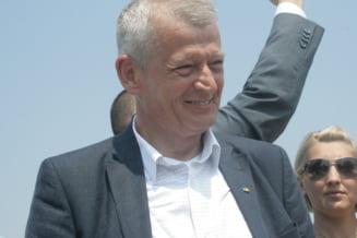 Constantin (PC): USL ar trebui sa nu se grabeasca sa-l sustina pe Oprescu