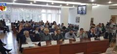 """Constantin Radulescu: """"Vom plati salariile pentru cadrele didactice, care predau la singura clasa pregatitoare pentru copiii cu cerinte educationale speciale, din municipiul Dragasani!"""""""
