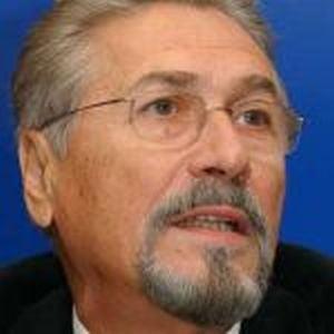 Constantinescu, despre Ion Diaconescu: Si-a sacrificat tineretea pentru o Romanie libera