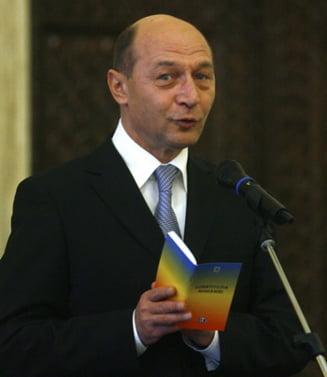 Constitutia Basescu - editie princeps (Opinii)