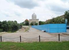 Constructii Bihor va amenaja si parcarea subterana din strada Independentei