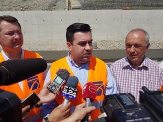 Constructorul autostrazii Lugoj - Deva aduce acuzatii grave institutiilor statului roman: Santaj, intimidare, un blocaj inventat. Lotul 3 este gata, rezilierea este abuziva