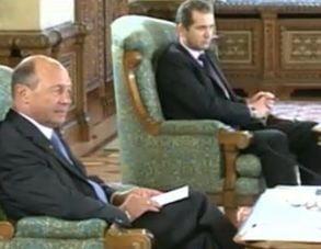 Consultari la Cotroceni: PDL il sustine pe Basescu, UDMR a plecat fara sa faca declaratii