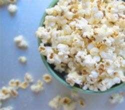 Consumatorii de popcorn sunt expusi la vapori toxici