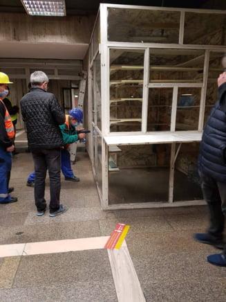 Continua demolarea spatiilor comerciale de la metrou. A venit randul celor din statia Basarab