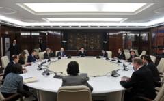 Continua negocierile cu FMI - Insarcinatul cu afaceri al SUA, la Palatul Victoria