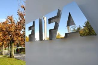 Continua scandalul de coruptie FIFA: Fosti si actuali oficiali, arestati