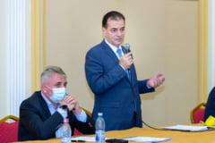 """Contre între Lucian Bode și Ludovic Orban la dezbaterea moțiunii """"Forța dreptei"""""""