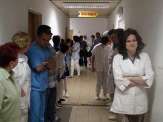 Controale in spitalele din toata tara, dupa scandalul operatiilor estetice decontate ilegal