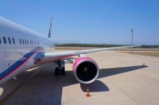 Controlorii de trafic au fost in greva 4 ore, zborurile pot avea intarzieri pana diseara. Ce trebuie sa faca pasagerii