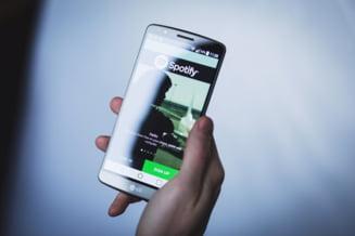 Conturile a sute de mii de utilizatori Spotify, in pericol