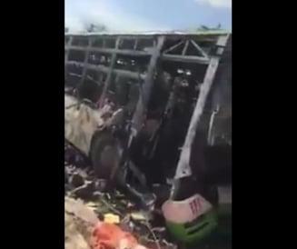 Convoiul umanitar care evacua 5.000 de civili in Siria a fost atacat cu masina-capcana: 100 de morti