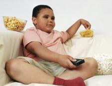Copiii obezi risca sa sufere de anomalii ale coloanei vertebrale
