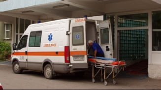Copil lovit de o bucata de tencuiala, in Targu Mures (Video)