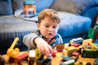 Copilul egoist: De ce nu vor copiii sa-si imparta lucrurile