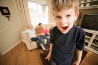 Copilul tau e zvapaiat sau sufera de ADHD? Simptome care fac diferenta
