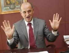 Copos e in extaz: Se vede mana lui Razvan