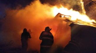 Corabia: Barbat gasit carbonizat in urma unui incendiu care i-a distrus locuinta