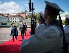 Corespondenta din Lituania - Iohannis cere NATO sa-si descurajeze oponentii: Daca o parte e slabita, intreaga structura e slabita