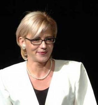 Corina Cretu: Lazaroiu a devenit Mama Omida a politicii romanesti