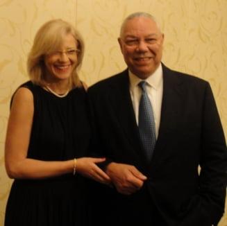 Corina Cretu ataca jurnalistii, dar nu neaga idila cu Colin Powell - Vezi cine ii ia apararea