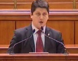Corlatean: Inconsecventa si inabilitatea lui Basescu pun Romania in situatie delicata