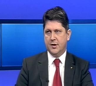 Corlatean: Noi facem acum ce nu a reusit Basescu. Ce se intampla cu vizele pentru SUA
