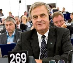 Corlatean: Salut faptul ca Tokes nu mai e pe lista candidatilor din Romania