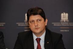 """Corlatean, despre ministrul suedez """"furios"""" pe Romania: Are un profil cam nervos"""