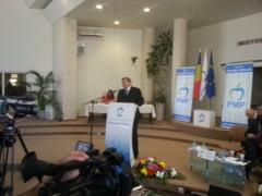 Corneliu Popovici a fost ales presedinte al PMP Suceava intr-o conferinta in care s-a discutat despre autostrazi si saracia din regiune