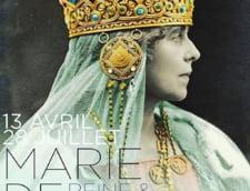 Coroana Reginei Maria si steagul lui Stefan cel Mare au fost trimise in Franta cu un avion militar pentru a fi expuse la Luvru