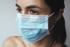 Coronavirus Romania. Purtarea mastii de protectie devine obligatorie si in spatiile publice deschise din judetul Timis