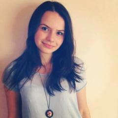Coruptia sfideaza meritocratia, in Romania s-au subminat valorile democratice - Interviu cu eleva admisa prima la Facultatea de Drept