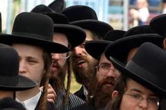 Cosmarul unui zbor de 11 ore cu evrei ultra-ortodocsi care nu voiau sa stea langa femei