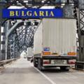 Cozi de TIR-uri de opt kilometri la iesirea din Romania prin PTF Giurgiu-Ruse