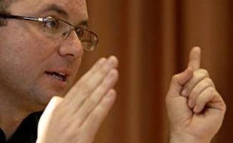 Cozmin Gusa: Basescu, neinspirat si neasistat in campanie, dar revine la Cotroceni - Interviu