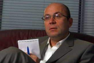 Cozmin Gusa iese la atac dupa dezbaterea Ponta-Iohannis si acuza televiziunile concurente