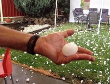 Craciun de cosmar pentru australieni - grindina, tornade si fara curent electric